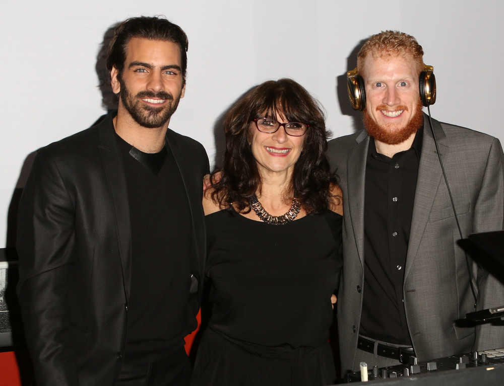 LOS ANGELES, CA - NOVEMBER 29: (L-R) Model Nyle DiMarco, mother Donna DiMarco and brother DJ Nico DiMarco attend An Evening with Nyle DiMarco at the Sofitel Los Angeles At Beverly Hills on November 29, 2016 in Los Angeles, California.  (Photo by Tasia Wells/WireImage)